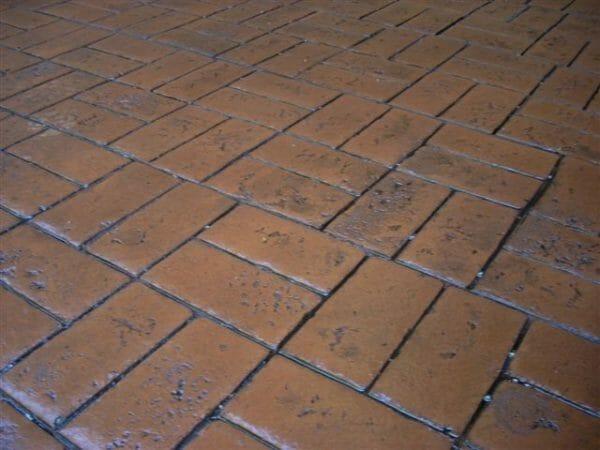 worn-brick-basketweave-stamped-concrete-walttools-example-2