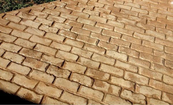 capone-cobble-stamped-concrete-walttools-example-1