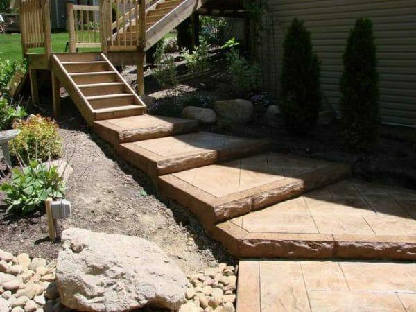 split-limestone-concrete-stamp-step-insert-8-inch