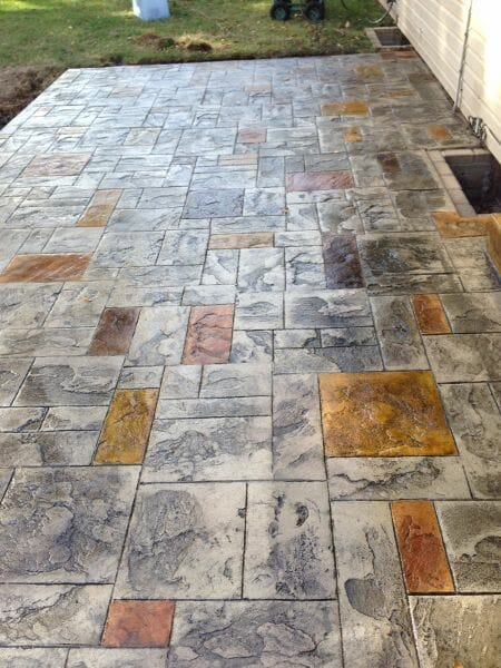 ashler-and-stain-stamped-concrete-example-walttools
