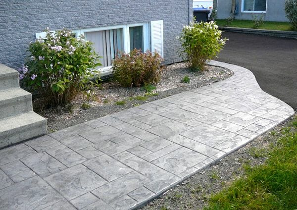 ashler-slate-stamped-concrete-walttools-1-path