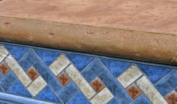 bullnose-travertine-z-poolform-concrete-edge
