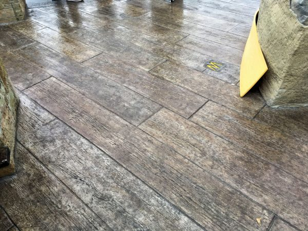 centennial-plank-stamped-concrete-walttools-example-4