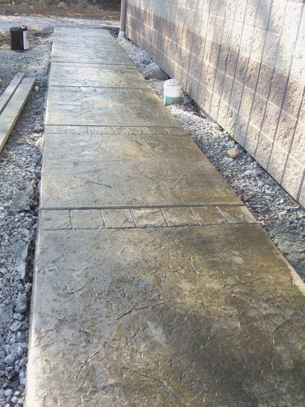 cobble concrete border roller sidewalk