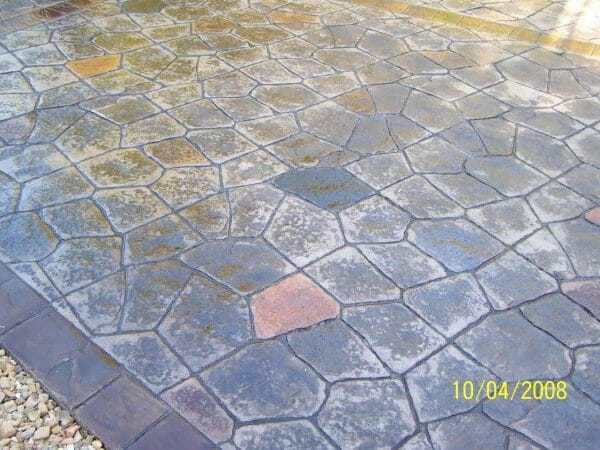 wisconsin-flagstone-stamped-concrete-walttools-example-4
