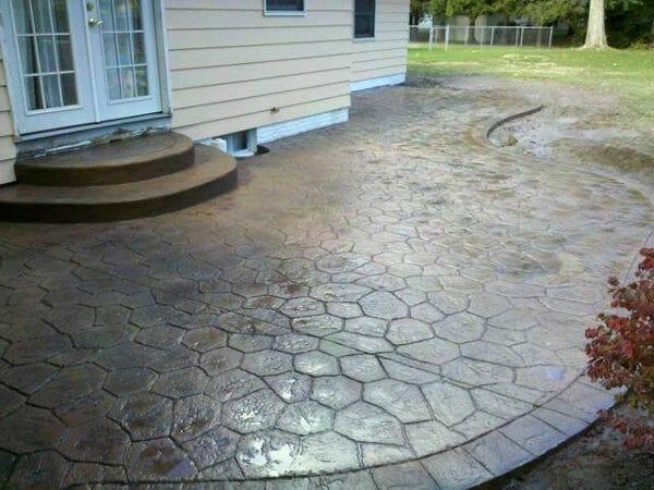 new-random-stone-stamped-concrete-8-inch-border-walttools