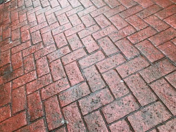 old-town-herringbone-stamped-concrete-walttools-example-4