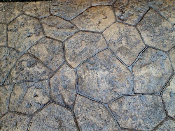random-rock-stamped-concrete-close-up-example-1-walttools