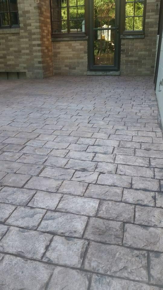 selman-roman-cobble-stamped-concrete-walttools-2