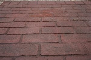 worn-brick-running-bond-stamped-concrete-walttools-example-1