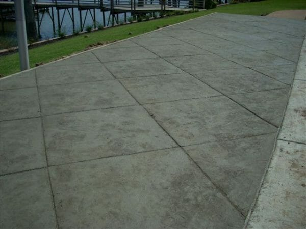 tennessee-tile-river-slate-stamped-concrete-example-2-walttools