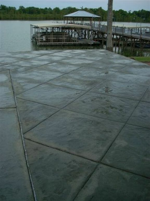 tennessee-tile-river-slate-stamped-concrete-example-3-walttools