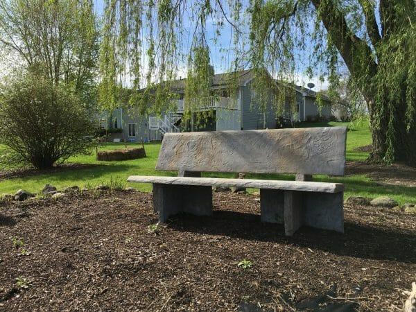 heirloom-slate-precast-mold-bench-set