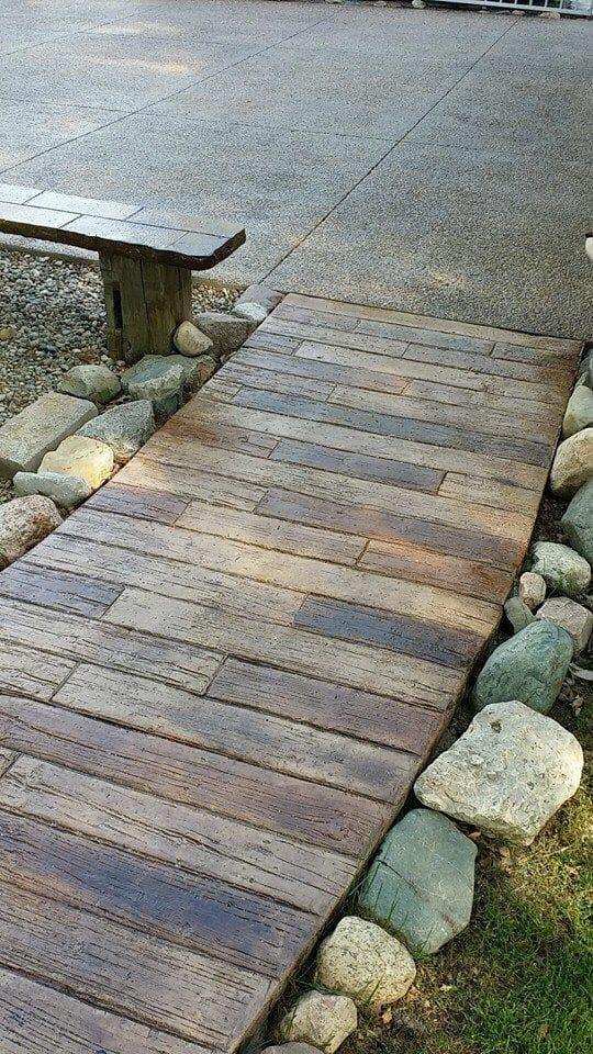 weatherwood-plank-stamped-concrete-walttools-path