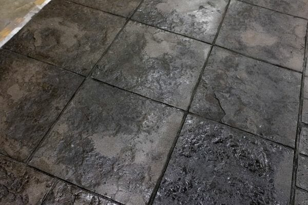 weathered-stone-tile-stamped-concrete-walttools-example-2
