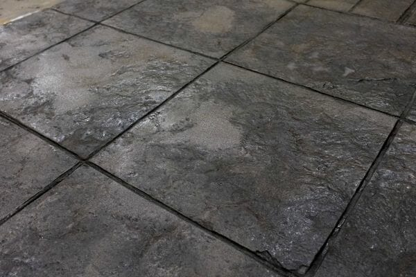 weathered-stone-tile-stamped-concrete-walttools-example-3