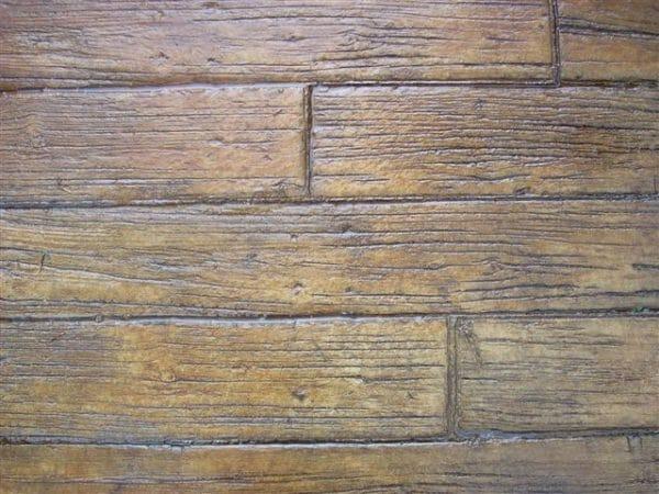 weatherwood-plank-stamped-concrete-walttools-example-1