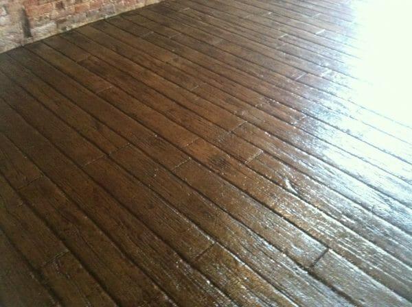 weatherwood-plank-stamped-concrete-walttools-example-3