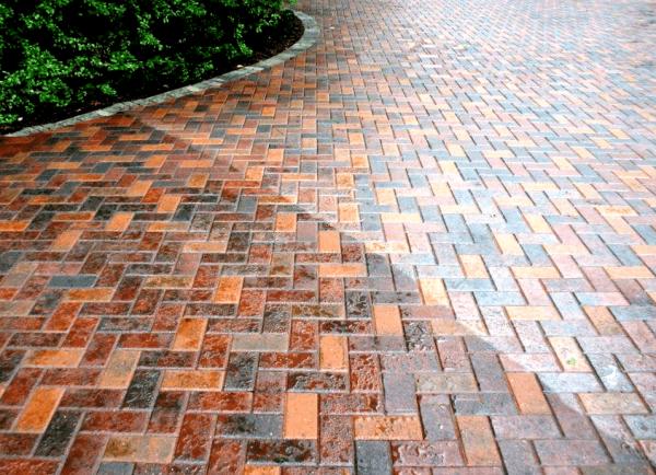 wet-pave-glossy-paver-sealer