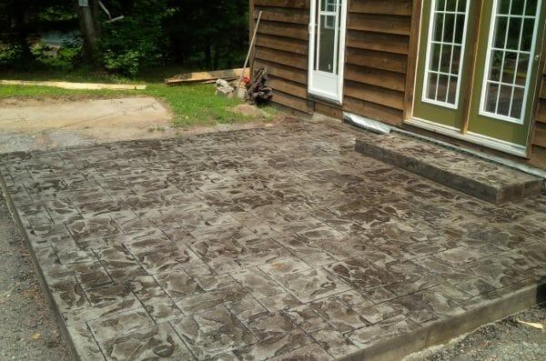 bc-ashler-stamped-concrete-patio-deck-walttools
