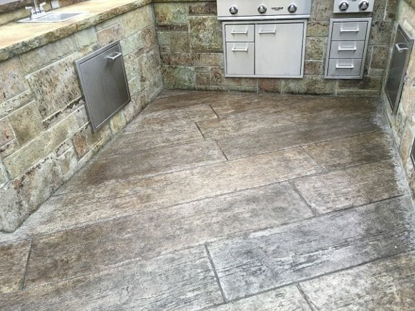 centennial-plank-stamped-concrete-walttools-example-1
