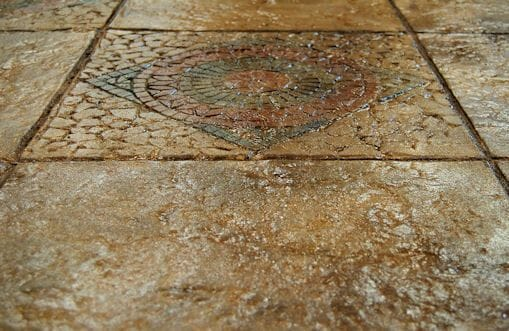 weathered-mosaic-tile-stamped-concrete-walttools-example-1