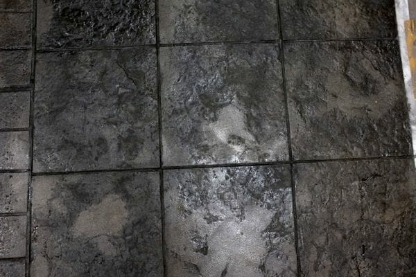 weathered-stone-tile-stamped-concrete-walttools-example-1