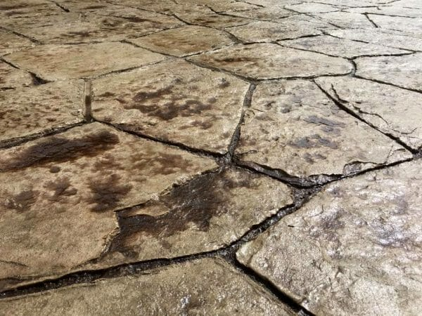 wisconsin-flagstone-stamped-concrete-walttools-4