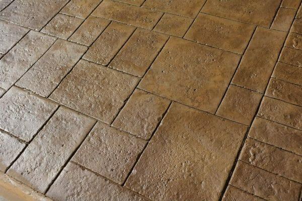 old-world-ashler-stone-stamped-concrete-example-1-walttools
