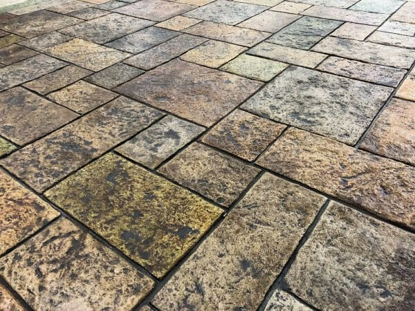 three-rivers-ashler-stamped-concrete-walttools-example-2